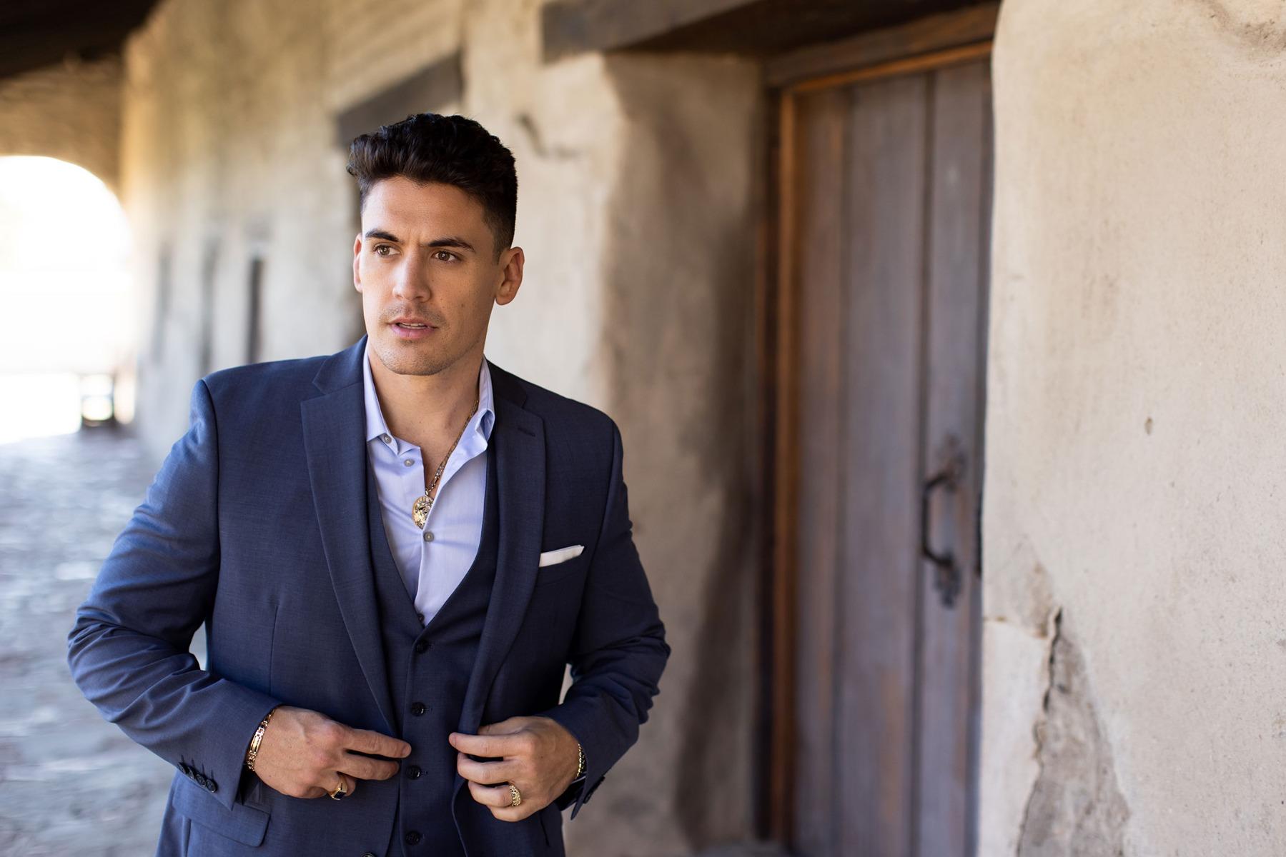 Stylish man in suit.
