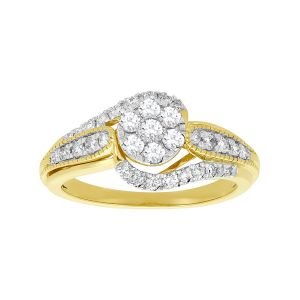 14k Yellow Gold Round-Shaped Flower Cluster Diamond Ring